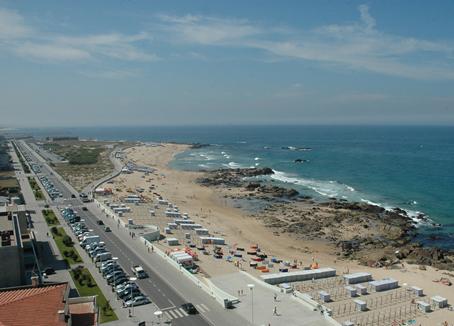 35407_AMVC_Vista-marginal-praia_1_640_460