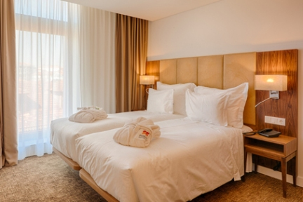 Twin-Cama-Hotel-Premium-Porto-Downtown